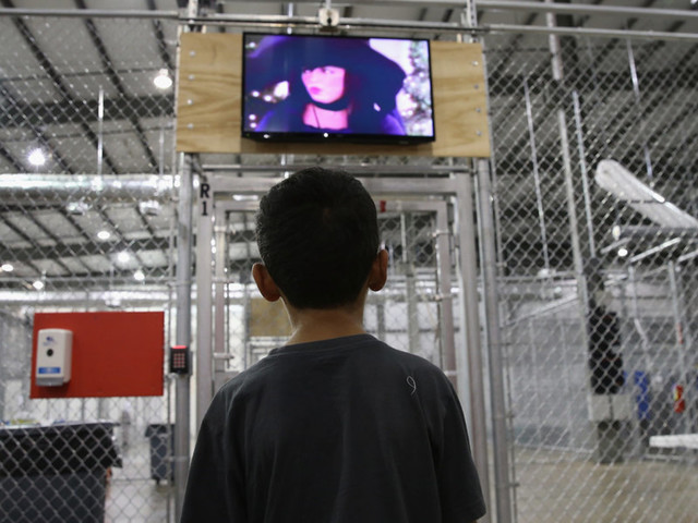 AFP reports astounding number of child migrant detentions under Trump. Then discovers it was from 2015 under Obama.