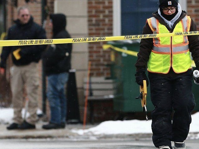Woman serving in Navy, man are dead after shooting in Lake Forest, police say