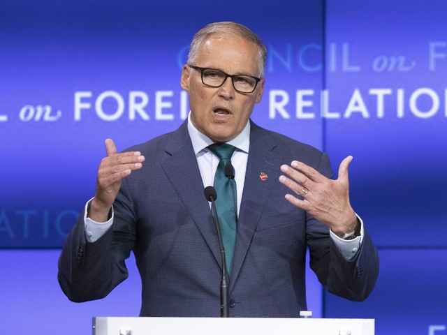 Jay Inslee outlines plan targeting fossil fuels that would impose new fees, target bad actors