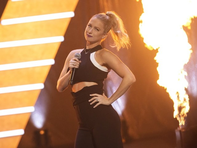 Unveiled, Iliza Shlesinger's New Netflix Special, Is as Hilariously Brilliant as She Is