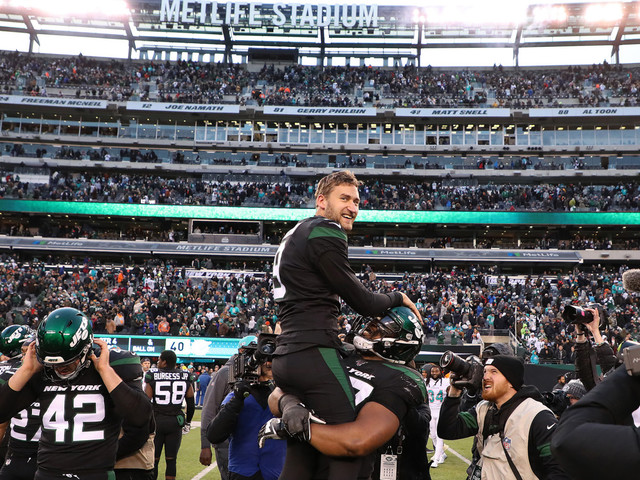 Jets escape Dolphins with Sam Ficken's last-second field goal