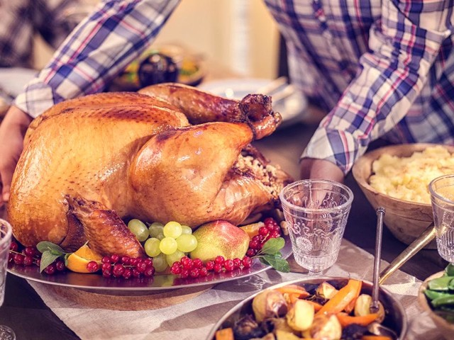 5 places that offer ready-made Thanksgiving meals
