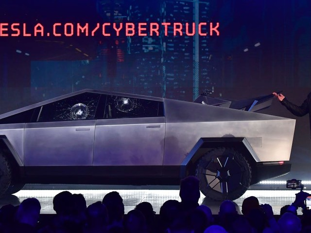 Everything that happened when Elon Musk unveiled the Cybertruck, including the window-breaking mistake that made him say 'Oh my f---ing god'