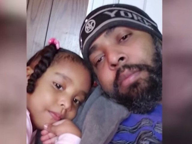 Father reportedly rigs car with propane tank, intentionally sets it on fire with 3-year-old chained inside