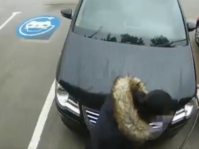 Watch A VW Driver Try To Inflate Their Tires With… An EV Charger!