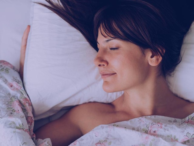 Do optimistic people sleep better?