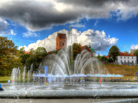 United – $556: Phoenix – Warsaw, Poland. Roundtrip, including all Taxes