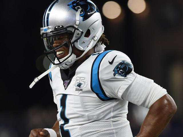 Cam Newton leaves Panthers' preseason game vs. Patriots with foot injury