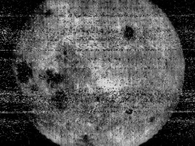 On This Day, Oct. 18: Luna 3 returns first photos of far side of moon