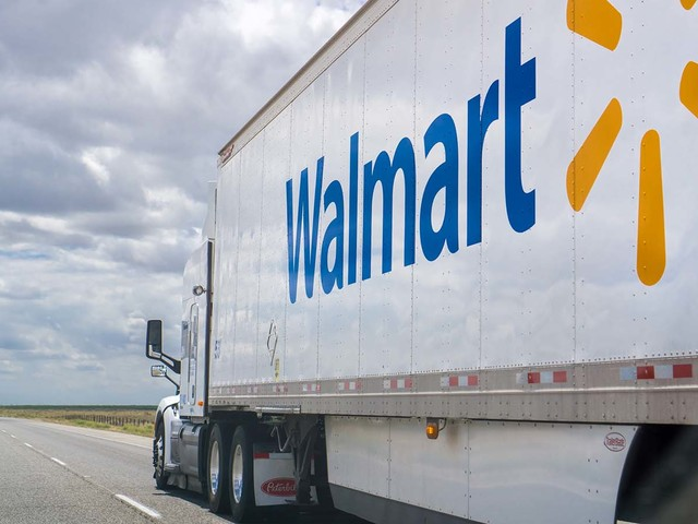 In Walmart-Amazon War, Investors are Buying Potential Ahead of Reality