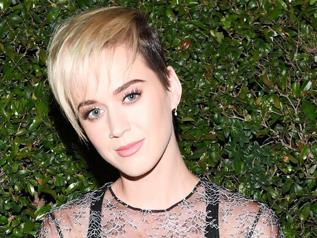 Katy Perry Set To Perform On SNL's Season Finale