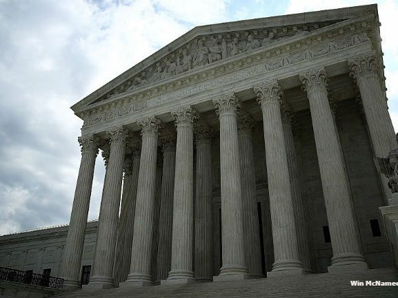 Supreme Court holds up on redrawing Wisconsin districts