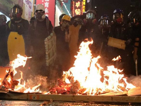 Hong Kong Police Fire Tear Gas As Peaceful Protest Turns Chaotic