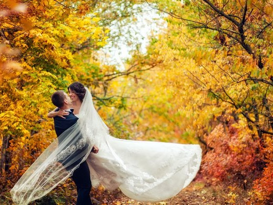 The Best Places to Have a Fall Wedding