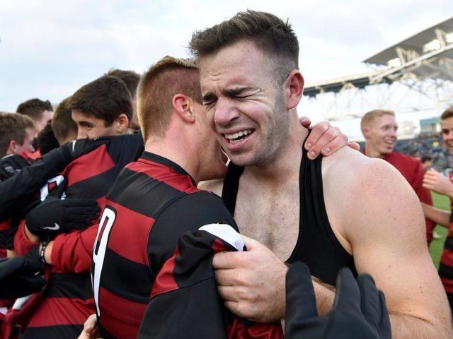 Stanford becomes first school to win men's and women's soccer national titles in same season