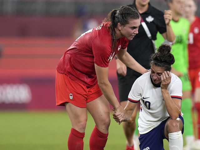Canada upsets U.S. with 1-0 win in women's soccer