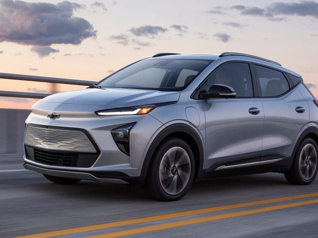 Chevrolet just debuted its cheapest 2 EVs yet as part of its massive electric car push — check out the 2022 Bolt EUV and Bolt EV (GM)
