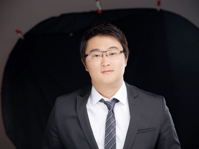 How This 25 Year Old Chinese Immigrant is Fast Tracking USA Tech...