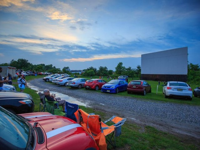 The 40 Best Drive-In Movie Theaters in America