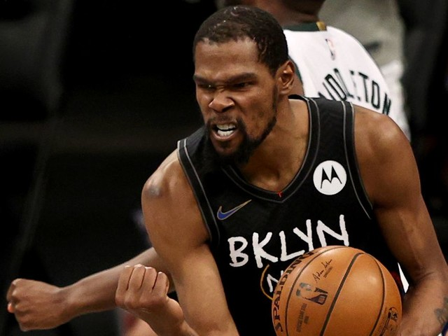 Kevin Durant's takeover and Milwaukee's meltdown made Nets-Bucks Game 5 a classic