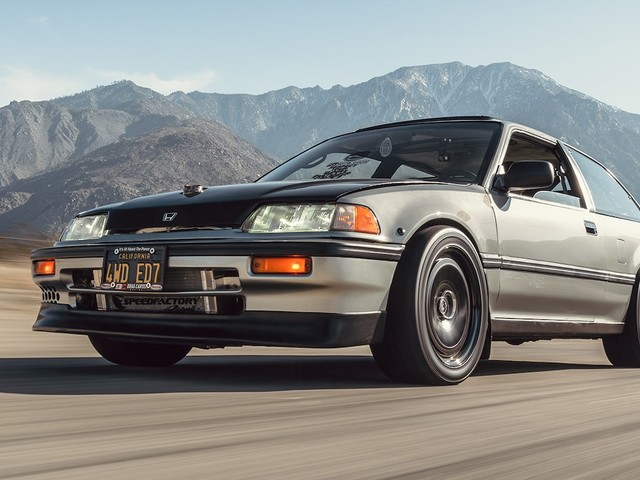 Gawking at This 660-HP AWD Classic Honda Is Your Civic Duty