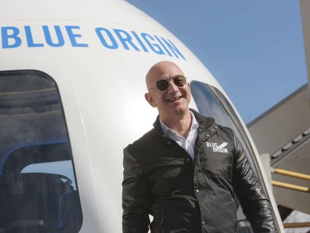 Jeff Bezos announces he'll be on first crewed spaceflight of Blue Origin rocket