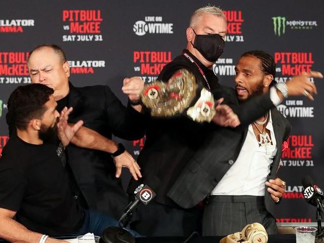 Bellator 263 video: AJ McKee snatches Patricio Freire's belt in tense presser