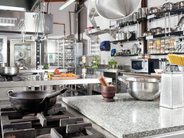 Mistakes To Avoid When Buying Commercial Kitchen Equipment