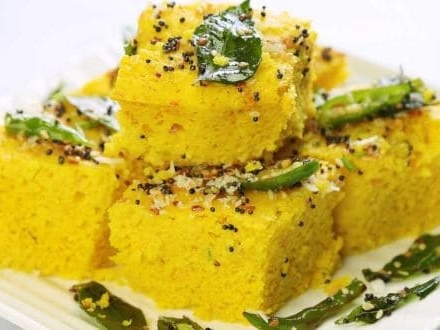 Watch: How To Make Instant Khaman Dhokla At Home (Recipe Video Inside)