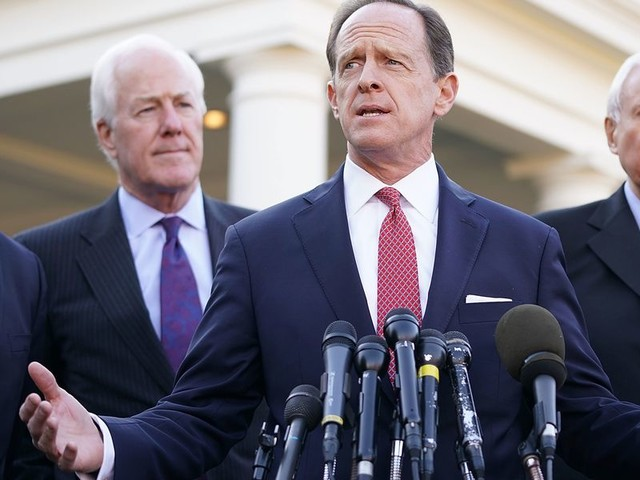 Key GOP senator plans witness compromise that could appease Republicans and Democrats