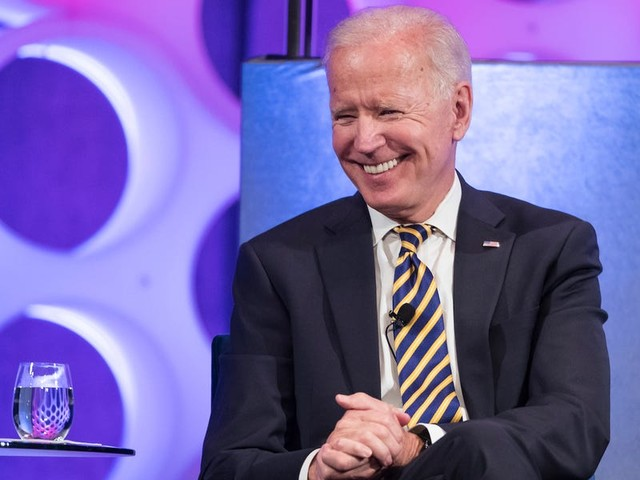 Today is Joe Biden's 77th birthday — here are the ages of all the 2020 Democratic presidential candidates