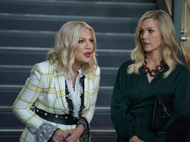 'BH 90210' recap: Stalkers, secret best friends and community service