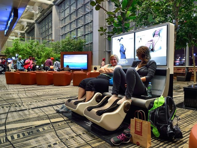 Stuck on a Layover? Secrets to Beat Boredom in 19 Major Airports