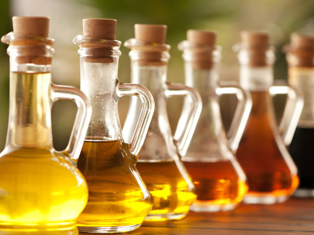 Unusual uses for vinegar that will make your life so much easier