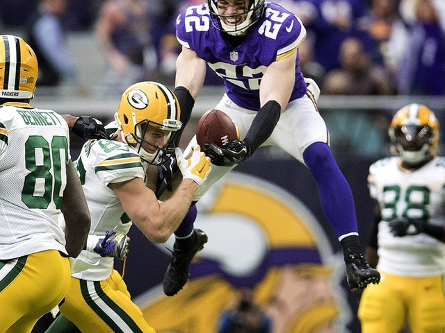 Vikings show rare safety depth to match Harrison Smith's dominance