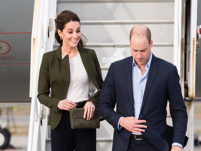 Kate Middleton, Prince William and family spotted arriving in Scotland on budget flight