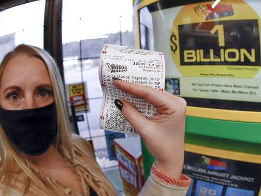1 winner of Mega Millions $1B prize; third largest ever in U.S.