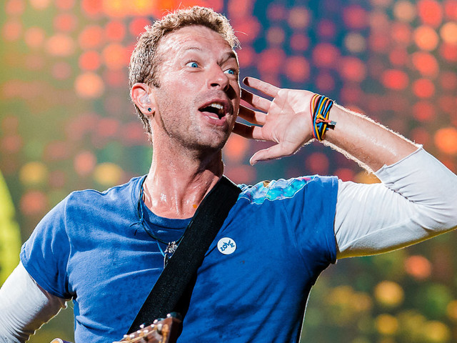 Coldplay's Chris Martin Backs Fight To Boost Parental Leave For Self-Employed