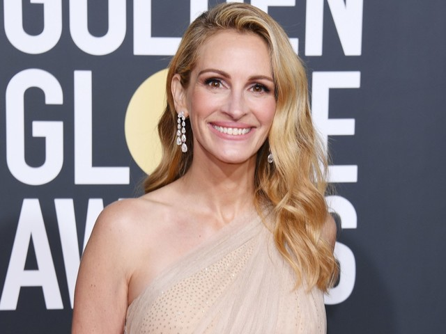 Julia Roberts reacts to Emmy nomination 'snub'
