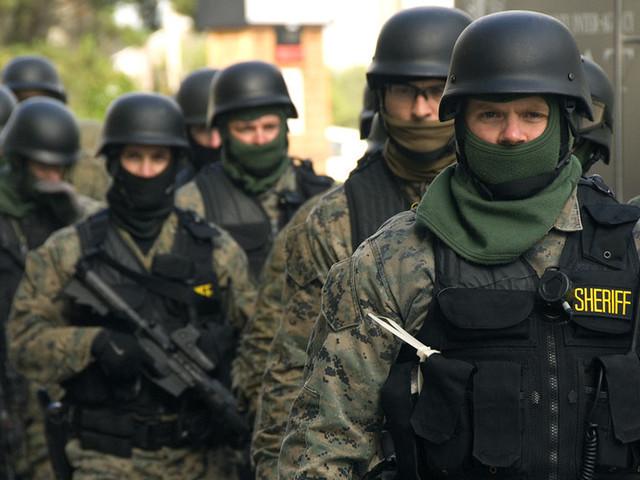 Florida police respond to mall 'shooting' in Boca Raton