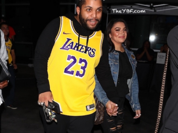 O'Shea Jackson Jr. Pulls Up To Lakers Season Opener Holding Hands With His Girlfriend