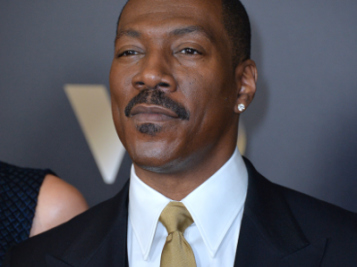 It's Official! Eddie Murphy Will STAR In 'Coming To America' Sequel - Find Out When It Hits Theaters!