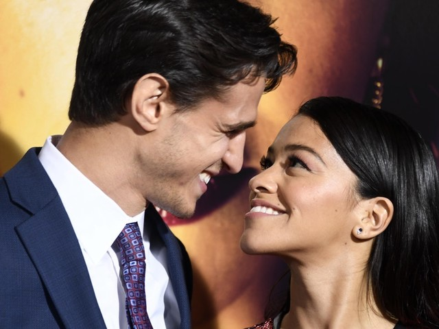 Gina Rodriguez & Joe LoCicero's Relationship Timeline Is Adorable & I'm Crying