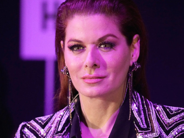 Debra Messing blasts US Army as 'disgusting and irresponsible' after DOD announces April 2019 contracts