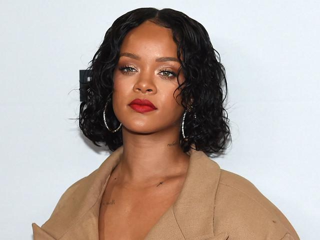 Rihanna Sends Relationship Advice to Heartbroken Fan Via DM