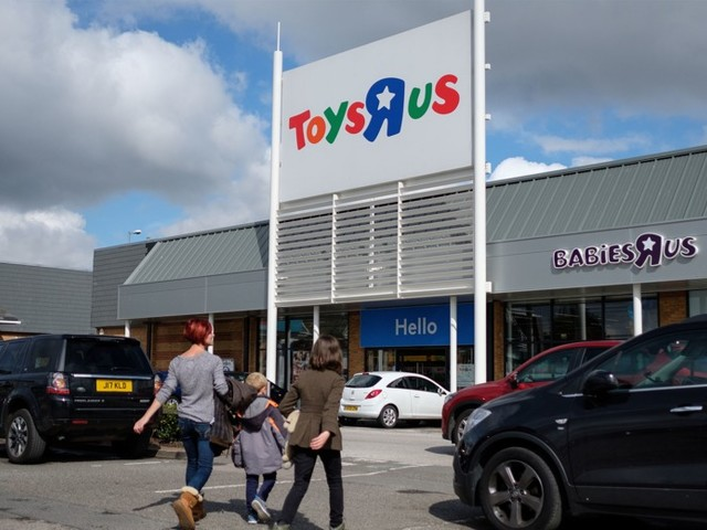 Toys R Us Is Dying From a Lack of Imagination