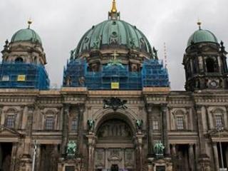 9-year-old girl sues German boys choir over gender bias