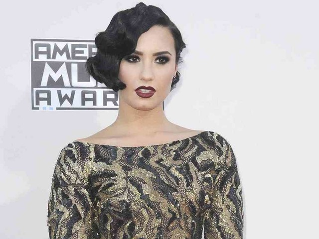 Demi Lovato Reportedly Bonded With New Beau Over Sobriety