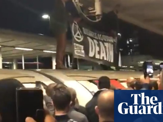 'It has been polarising': tube protest divides Extinction Rebellion