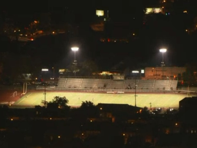 2 teens injured in shooting that triggered stadium panic & evacuation at high school football game in Philadelphia (VIDEO)